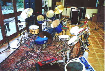 Clavia dDrums, Roland Handsonic percussion and regular drums from Pearl